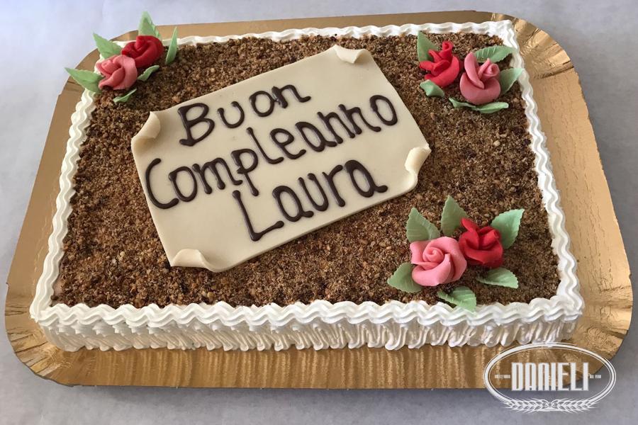 Torta Compleanno Laura.Torte Dolceforno Ch